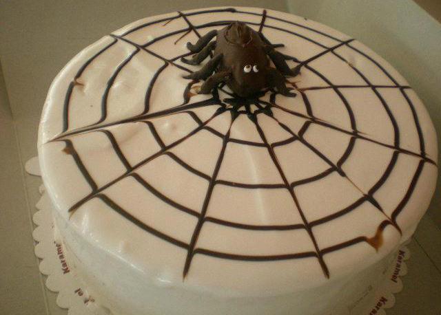 Örümcek Pasta
