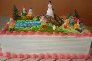Pamuk Prenses ve Yedi Cüceler Pastası