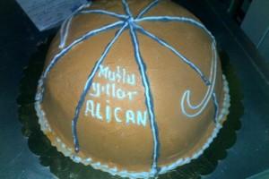 Şekerli Basketbol Pastası